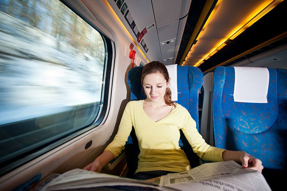 The advantages and disadvantages of travelling alone